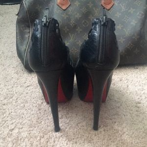 293a16546890 ... leather zoulou peep toe cage pumps 40 boots czech christian louboutin  shoes authentic zulu christian louboutin black heels 1a3a8 a874f ...